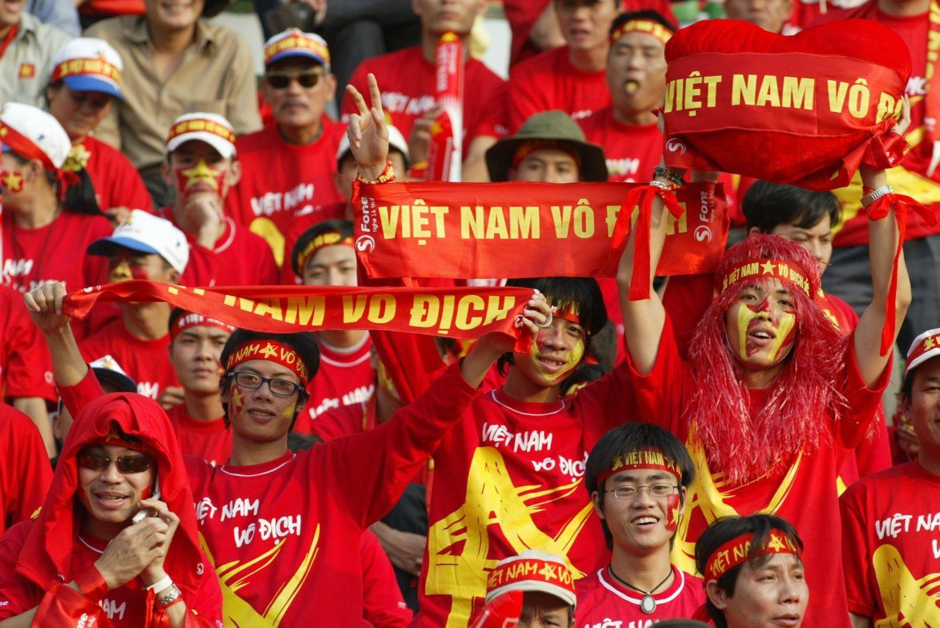 Băng rôn cổ vũ đội tuyển bóng đá Việt nam