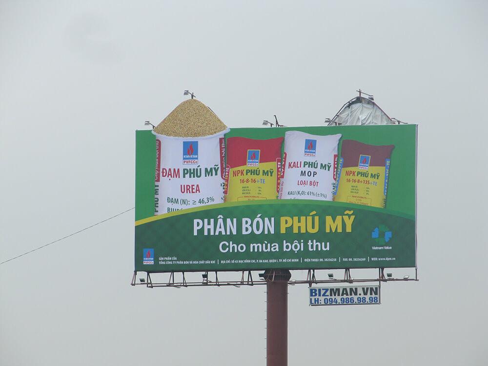 billboard-ngoai-troi-bizman