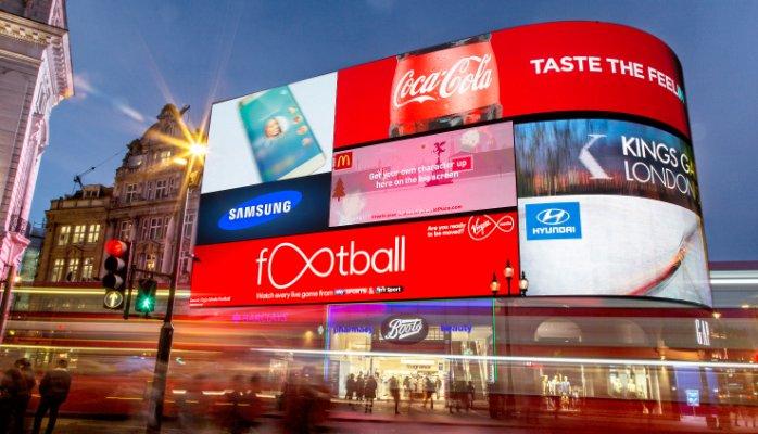 9 loại chất liệu tạo nên biển quảng cáo ngoài trời được sử dụng nhiều nhất tại Việt Nam