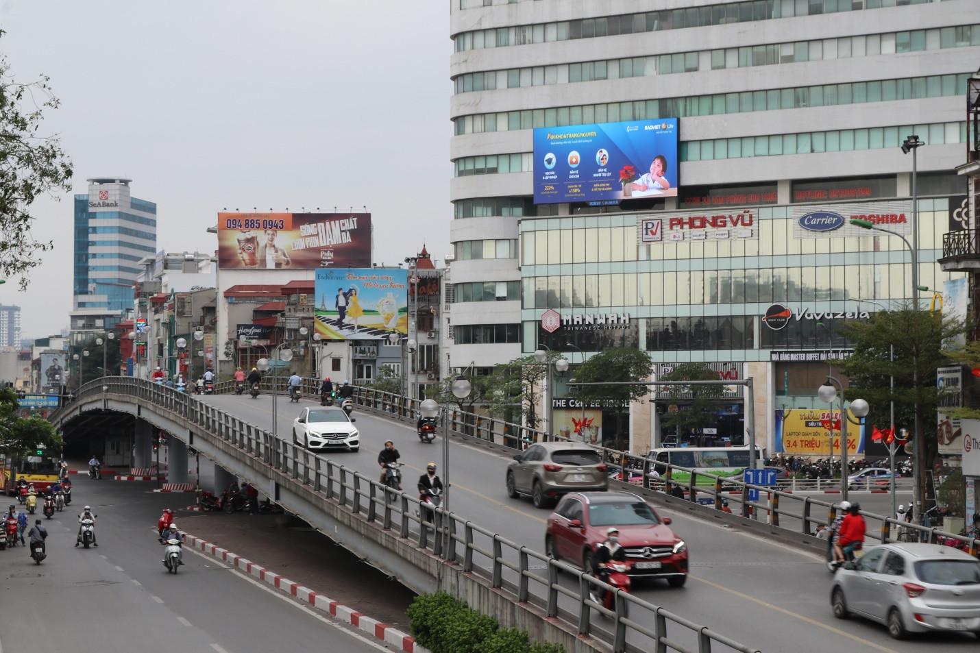 Quảng cáo thương hiệu bằng màn hình led tại Ngã tư Hai Bà Trưng