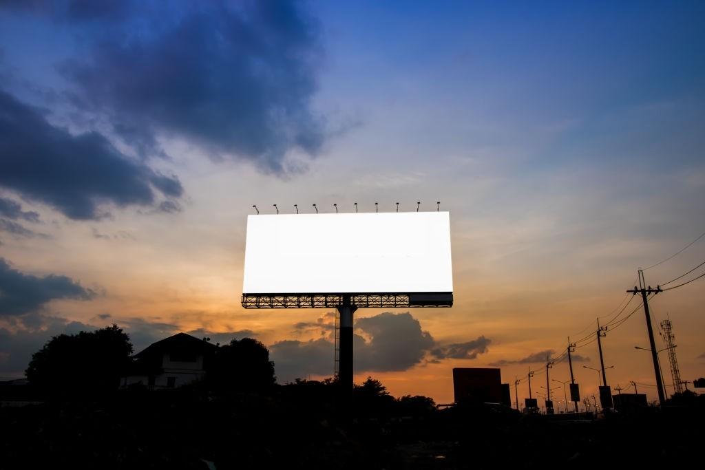 biển quảng cáo bằng hiflex